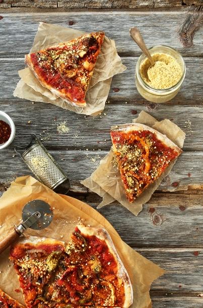 thee-best-vegan-pizza-sauteed-veggies-simple-tomato-sauce-loads-of-vegan-parmesan-cheese-pizza-perfection-vegan1